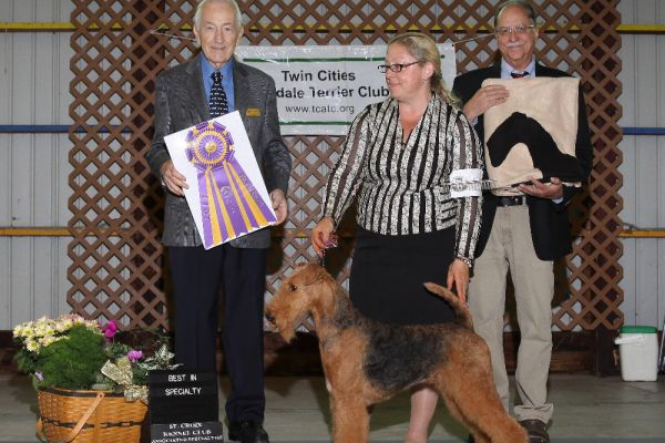 twin-cities-specialty-2017-best-of-breed61DC9E2C-56AD-1C1B-2B63-F82934E7D850.jpg